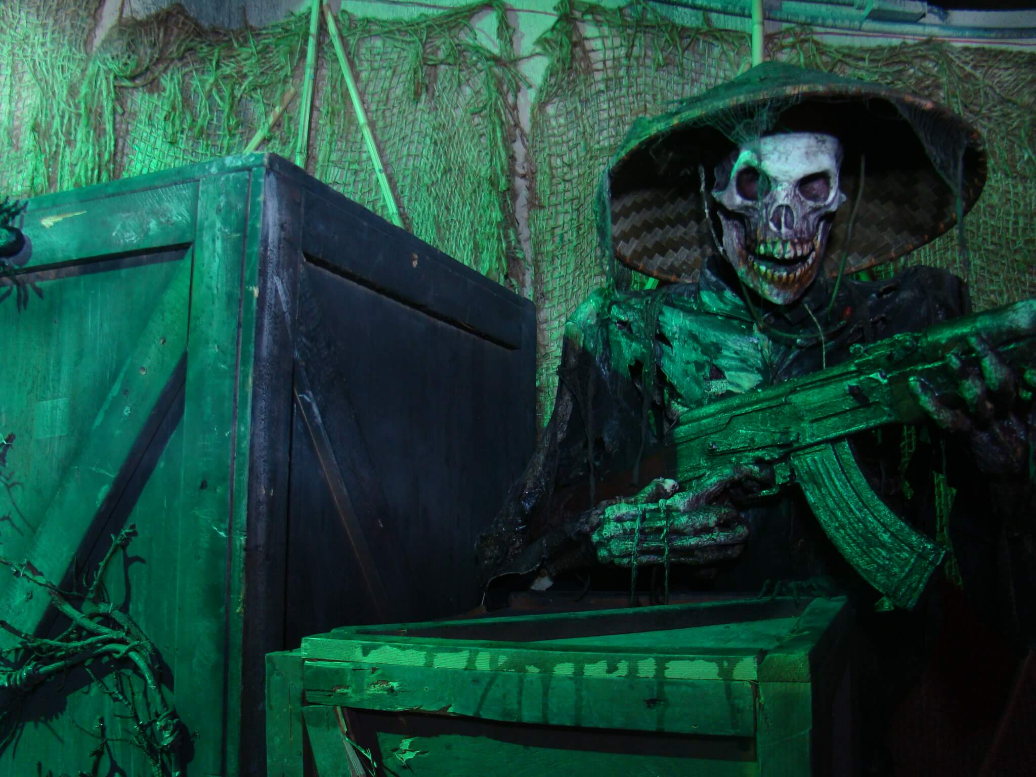 haunted house, haunted houses, halloween attractions, haunted hayrides